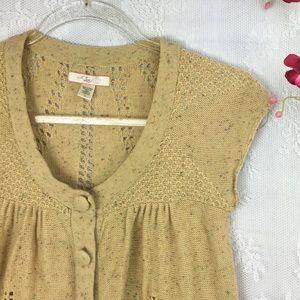 LUX Beautiful Knit Top Crochet knit button down E
